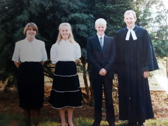 Silberne Konfirmation; Hannelore Dirsuwei, Linda Paul, Carlo Hambrock Pastor Albers erste Konfirmation in Lüneburg